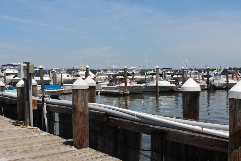 Red Bank, NJ - Carefree Boat Club
